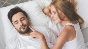 erecție în curea penis adult