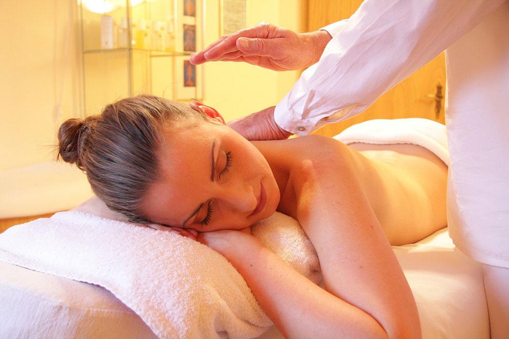 erecție în timpul masajului ce dimensiune este considerat normal penis